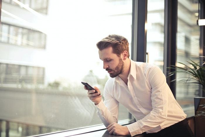 Det skal du være opmærksom på når du bruger mobilen i udlandet